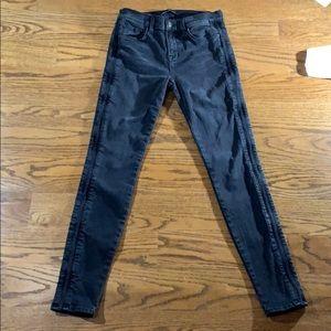 J brand Liberty side pleat skinny jean size 28